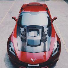 Check out this Aggressive hood! @darwinproaero X Corvette Carbon Glass'd Hood Follow [ @dpjack_ & @darwinproaero ] Follow [ @dpjack_ & @darwinproaero ] #darwinpro #corvette #stingray #c7 #z06 #z51 #glasshood