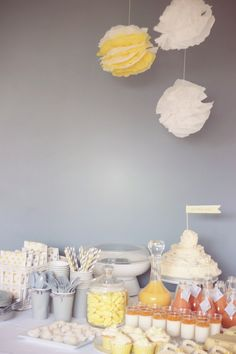 THROW A BABY SHOWER IN THE NICU - Every baby is a cause for celebration. But NICU moms and dads often feel left out. Gather donations and throw a party! www.handtohold.org #service #project #NICU