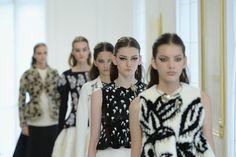Pin for Later: Dior liefert die beste Inspiration fürs Augenmakeup mit 40 verschiedene Cat Eyes