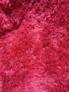 manta vermelha peludinha