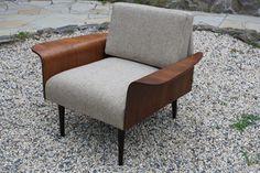 Mid century mod side chair. Dig mucho. interior design