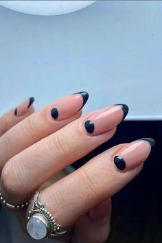 french tip almond nails, french almond nails, almond nails, round french tip nails, trendy french tip nails, almond nails short, french tip almond nails short french tip almond nails long, french tip almond nails with design, french tip almond nails color, french tip almond nails stilettos, summer nails, spring nails, nail shapes, short almond nails, #nailart#naildesigns#acrylicnails#spiringnailfrench#clevelandnails##nailhacks#nailsofinstagram#nailsoftheday#nailpolish#gelnails#gelpolish#nailsha French Tip Nail Designs, Flower Nail Designs, French Nail Art, French Tip Nails, Natural Almond Nails, Short Almond Nails, Spring Nails, Summer Nails, Soft Nails