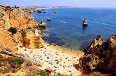 The reasons why visiting Portugal should definitely be on your travel plans. How such a little country in size is huge in potential for your travels!