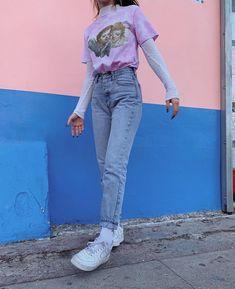 """c2ab7e818d ...  vintage  retro  90s  vintagefashion  retrofashion  90sfashion  tumblr   aesthetic  aestheticoutfit…"""" Grunge Outfits90s Style ..."""