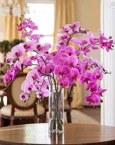 Stylish Grand Phalaenopsis Orchid Artificial Flower Design at Petals Orchid Flower Arrangements, Orchid Centerpieces, Artificial Flower Arrangements, Flower Vase Design, Flower Room Decor, Artificial Orchids, Phalaenopsis Orchid, Silk Flowers, Orchid Flowers