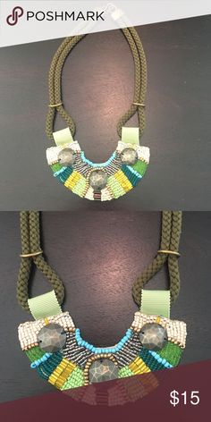 NWOT Anthropologie Necklace Beautiful colors and detail Anthropologie Jewelry Necklaces