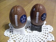 Dallas Cowboys salt and pepper shakers