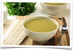 Soep van broccoli, courgette en peterselie