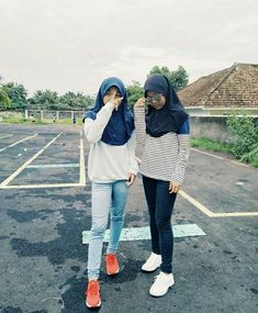 Ootd Hijab, Yui, Besties, Goals, Style, Outfits