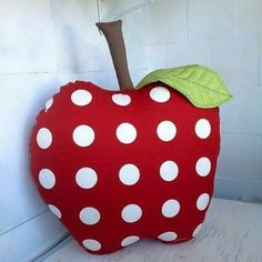 Super sewing projects for kids girls diy ideas Sewing Projects For Kids, Cool Diy Projects, Handmade Pillows, Decorative Pillows, Baby Pillows, Throw Pillows, Diy Cushion, Sewing Pillows, Childrens Room Decor