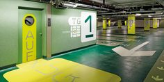 Stadtwerke Essen - [Graphic Surface, Signage and Wayfinding System] - image 1 - red dot 21: global design directory