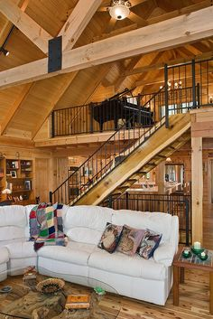 Photos & floor plan of a custom lakeside log home designed & milled by Honest Abe Log Homes; family owned/operated since nationwide sales & delivery. Feng Shui, Rustic Home Interiors, Modern Cabin Interior, Large Furniture, Log Homes, Beautiful Interiors, Great Rooms, Mid-century Modern, Bedroom Decor