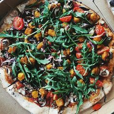 #vegan pizza made by @bonnyrebecca