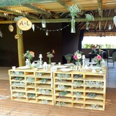 37 Super Ideas For Wedding Backdrop Reception Beach Wedding Reception Backdrop, Church Wedding Decorations, Grazing Platter Ideas, Pallet Backdrop, Headboard With Lights, Bedroom Crafts, Diy Pallet Projects, Art Wall Kids, Porch Decorating