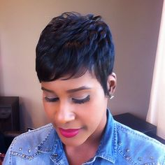 Lovin the simple and easy going looks...tone down time...
