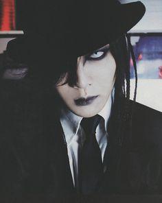 Kai - the GazettE. So dark, so sexy! ♡ω♡