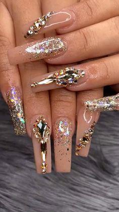 Nails Design With Rhinestones, Nail Designs With Gems, Diamond Nail Designs, Beautiful Nail Designs, Swarovski Nails, Crystal Nails, Rhinestone Nails, Glam Nails, Fancy Nails