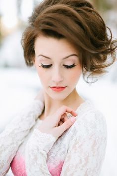 Top bridal beauty looks: natural wedding makeup, bold wedding makeup Natural Wedding Makeup, Wedding Hair And Makeup, Bridal Makeup, Hair Makeup, Natural Makeup, Wedding Lipstick, Eye Makeup, Hair Wedding, Chignon Wedding