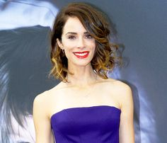 Abigail Spencer: What's In My Bag? - Us Weekly