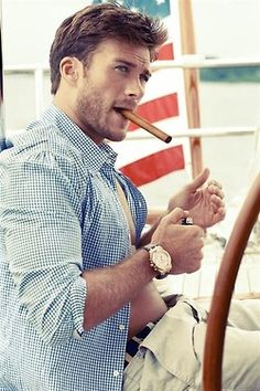 Scott Eastwood, Clint Eastwood's son...DAMN!!!