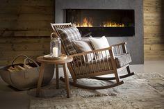 Nach einem Winterspaziergang vor dem Kamin aufwärmen.  Fotocredits: FINE Rocking Chair, Bassinet, Relax, Furniture, Home Decor, Chic, Brown, Home, Home Decor Accessories