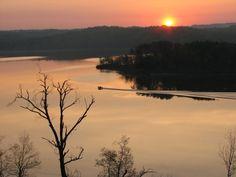 Beautiful sunrise on Nolin Lake in KY