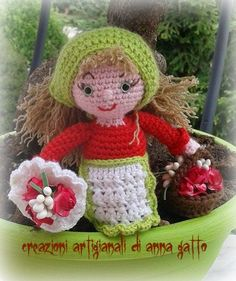 fioraia ♥ Crochet Dolls, Crochet Hats, Crochet Christmas, Beautiful Crochet, Nativity, My Favorite Things, Christmas Knitting, Holiday Crochet, Amigurumi Doll
