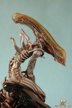 aliensandpredators:  sekigan:  竹谷隆之@暴走贾宝玉采集到暴烈(38图)_花瓣其它  and here I thought xenomorphs couldn't get any creepier…