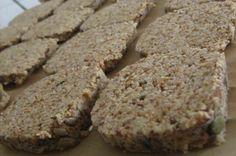 Mandel-Leinsamen-Brot