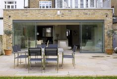 At Concept Interior we are always looking for ways to transform our clients houses and what better way to do that than with a contemporary glass extension? House Design, Flat Roof Extension, House Styles, Architectural Features, Glass Extension, Mid Century Modern House, Interior Architecture Design, Room Extensions, House Exterior
