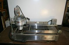 Belshaw MINI Donut Robot DR 42B Dough Conveyor Fryer- MINI DONUT $1875 (used)...puts out 420 per hour