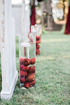 apple picking inspired wedding ceremony decor wedding centerpieces This fall wedding shoot in Georgia is as American as apple pie Apple Decorations, Fall Wedding Colors, Wedding Ceremony Decorations, Fall Wedding Mums, Wedding Aisles, Fruit Wedding, Wedding Backdrops, Wedding Ceremonies, Ceremony Backdrop