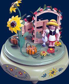 Richard Glaesser Music Box - Garden idyll