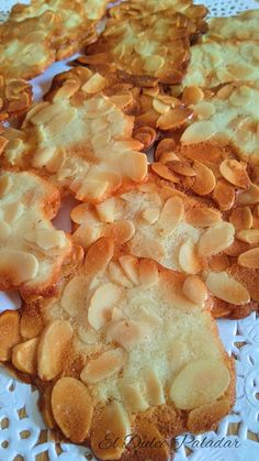 Almond Tiles from El Puerto de Santa María - The Sweet Pal . Sugar Cookie Recipe Easy, Easy Sugar Cookies, Cupcake Cookies, Cookie Recipes, Muffins, Mexican Dessert Recipes, Biscuits, Latin Food, Kefir