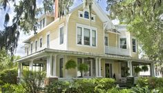 Amelia Island Hoyt House for sale - The B&B Team. Classic southern style wrap around porch. #innforsale