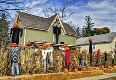 Autumn Activities for Home and Family: Outdoor #Halloween home #decorations that kids love