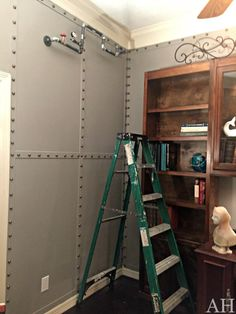 Hi Friends! Let's talk about the riveted wall treatment from my One Room Challenge! It is super easy and super impactful! The ideas are endless with this treatment. I chose to paint the strip… Steampunk Bedroom, Steampunk Interior, Steampunk House, Steampunk Bar, Steampunk Home Decor, Steampunk Design, Home Treatment, Wall Treatments, Diy Wall