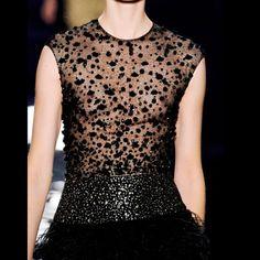 LOVE✨#ReemAcra  #FallWinter #2014  #2015 #details #embroidery #couture #hautecouture #elegant #mode #look #style #Padgram