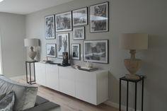 Zelf gemaakte foto wand met Ikea lijsten en hema poster foto's. DEVILEE DESIGN.