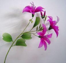 Flowers of nylon MC. Discussion on LiveInternet - Russian Service Online Diaries Nylon Flowers, Cloth Flowers, Satin Flowers, Diy Flowers, Fabric Flowers, Paper Flowers, Chiffon Flowers, Nylons, Nylon Crafts