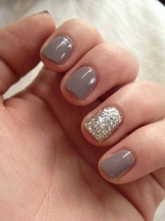 """I have short nails because I work alot with my hands love these styles that make even short look good. Essie """"Miss Fancy Pants"""" LA Splash Nail Art Glitter in Golden Egg. Grey Nail Designs, Short Nail Designs, Nail Polish Designs, Art Designs, Nails Design, Design Ideas, Great Nails, Love Nails, Fun Nails"""