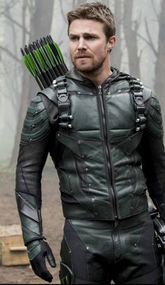 Arrow, Flash, Legends and Supergirl Clint Barton, Marvel Dc, Teenage Mutant Ninja Turtles, Oliver Queen Arrow, Arrow Tv Series, Arrow Serie, Stephen Amell Arrow, Cw Dc, Oliver And Felicity