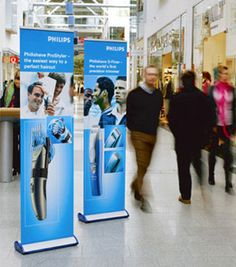 Retail Display Stands - The Definitive Guide: Why Use a Pop-Up Banner Stand In a Shop Window? Trade Show Design, Pop Up Banner, Retractable Banner, Display Banners, Banner Stands, Guerilla Marketing, Branding, Vinyl Banners, Guerrilla