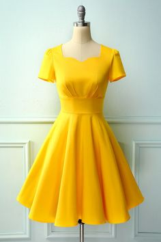 Zapaka Yellow A Line Scoop Neck Solid Swing Vintage Dress with Sleeves Party Dresses With Sleeves, 50s Dresses, Pretty Dresses, Vintage Dresses, Short Dresses, Summer Dresses, Elegant Dresses Classy, Classy Dress, Dress First