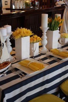 I love the blue and white stripe.with orange flowers instead of yellow? Yellow Table, White Vases, White Candles, Interior Exterior, Event Decor, Summer Wedding, Table Decorations, Centerpieces, Yellow Party Decorations