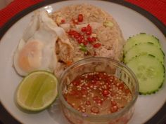 Khao Pad Gai (fried rice with chicken)