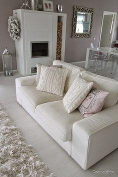 Coconut White: Autumn textiles