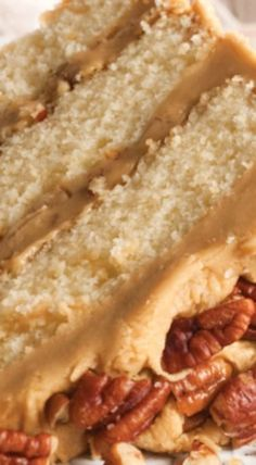 Buttered Pecan Caramel Cake Recipe (serve with butter pecan or plain, vanilla ice cream. Cupcake Recipes, Baking Recipes, Dessert Recipes, Fall Cake Recipes, Pecan Recipes, Layer Cake Recipes, Kitchen Recipes, Salad Recipes, Food Cakes