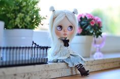 https://www.etsy.com/fr/listing/287617185/anais-artdoll-ooak-custom-blythe-doll?