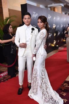 How do you like the look of Teen King @imdanielpadilla and Queen @bernardokath? #starmagicball2015 #9thStarMagicBall